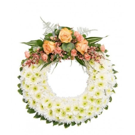 Classic White Wreath £57.99