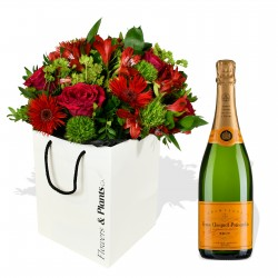 Roses & Champagne £89.99