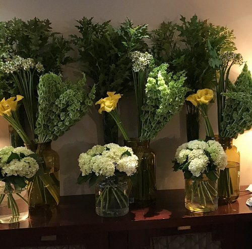 weekly flowers for hotels
